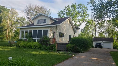Photo of 72908 12th Avenue, South Haven, MI 49090 (MLS # 18008794)