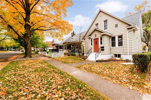 Tiny photo for 1009 Michigan Avenue, St. Joseph, MI 49085 (MLS # 20043797)