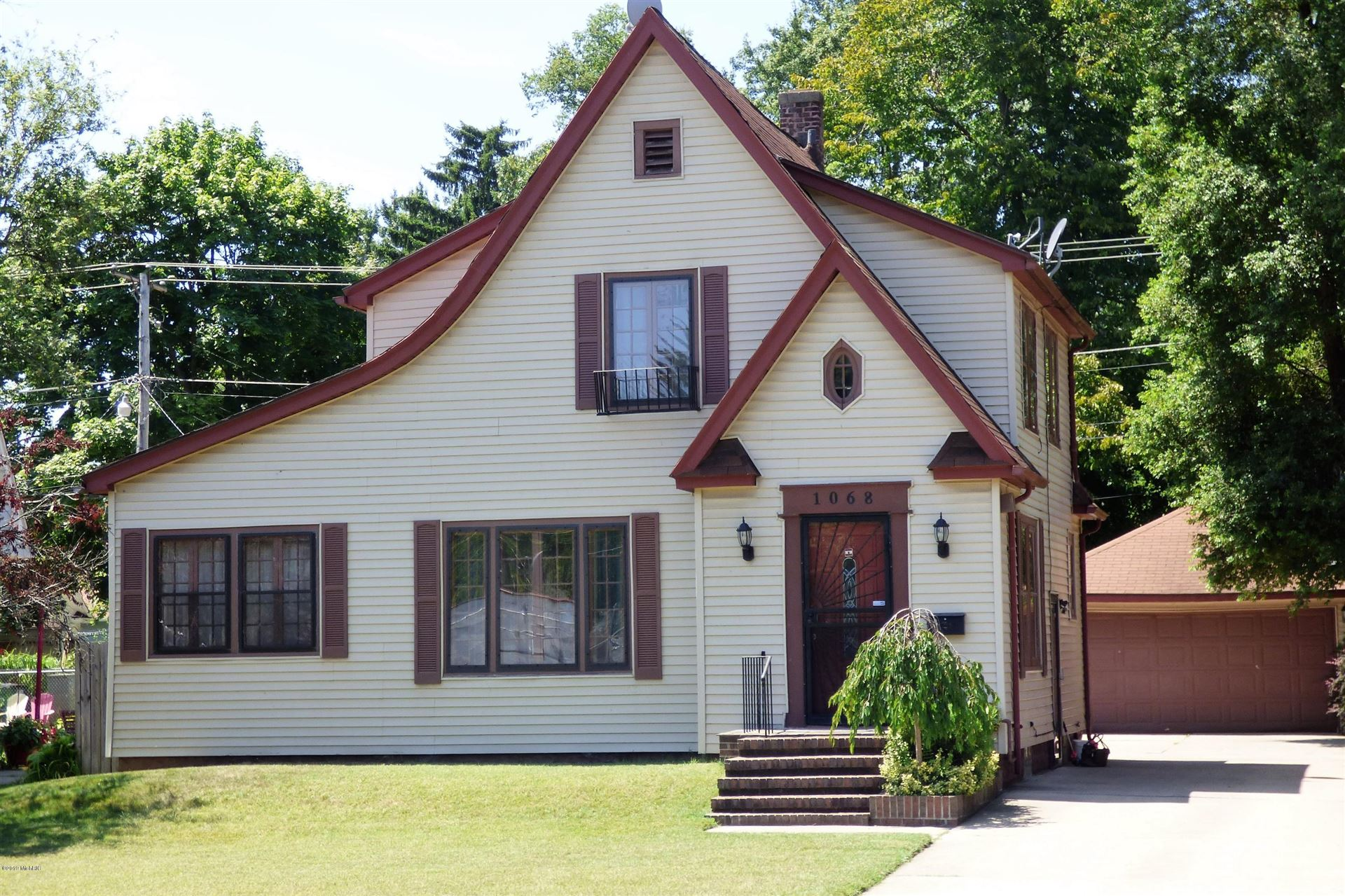 1068 Colfax Avenue, Benton Harbor, MI 49022 - MLS#: 20040798