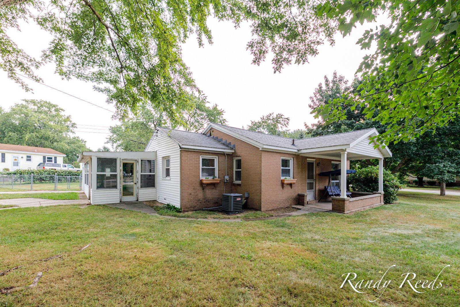 1428 Whitmore Avenue NW, Grand Rapids, MI 49504 - MLS#: 21105799