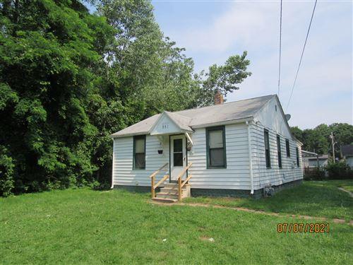 Photo of 951 Waucedah Avenue, Benton Harbor, MI 49022 (MLS # 21064801)
