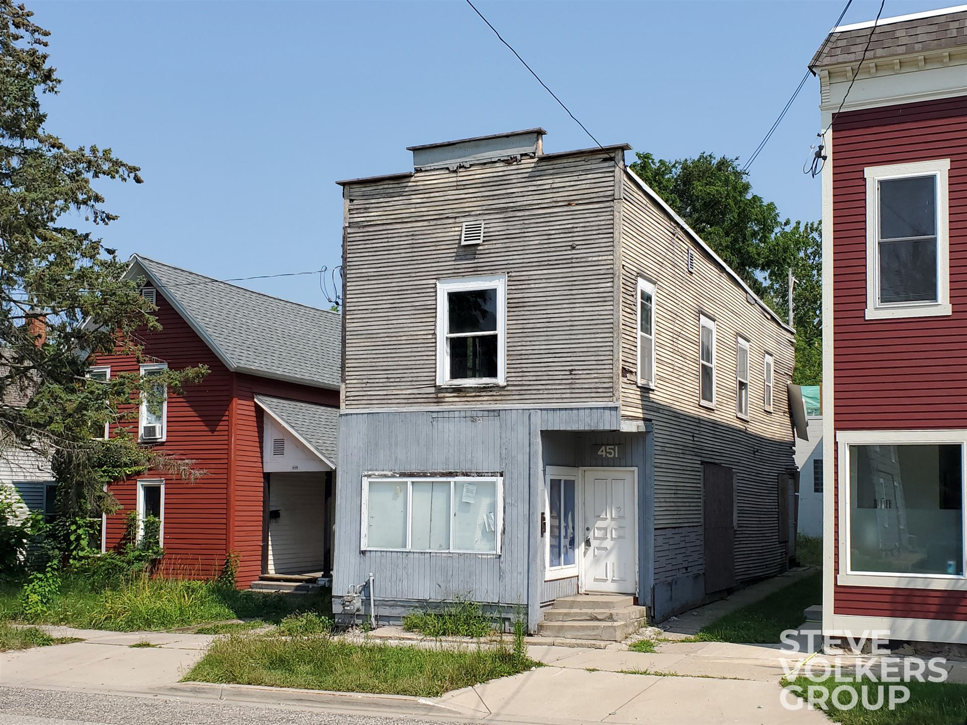 451 Carrier Street NE, Grand Rapids, MI 49505 - MLS#: 21096807
