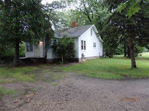 Photo of 533 E Parkdale Avenue, Manistee, MI 49660 (MLS # 16016812)