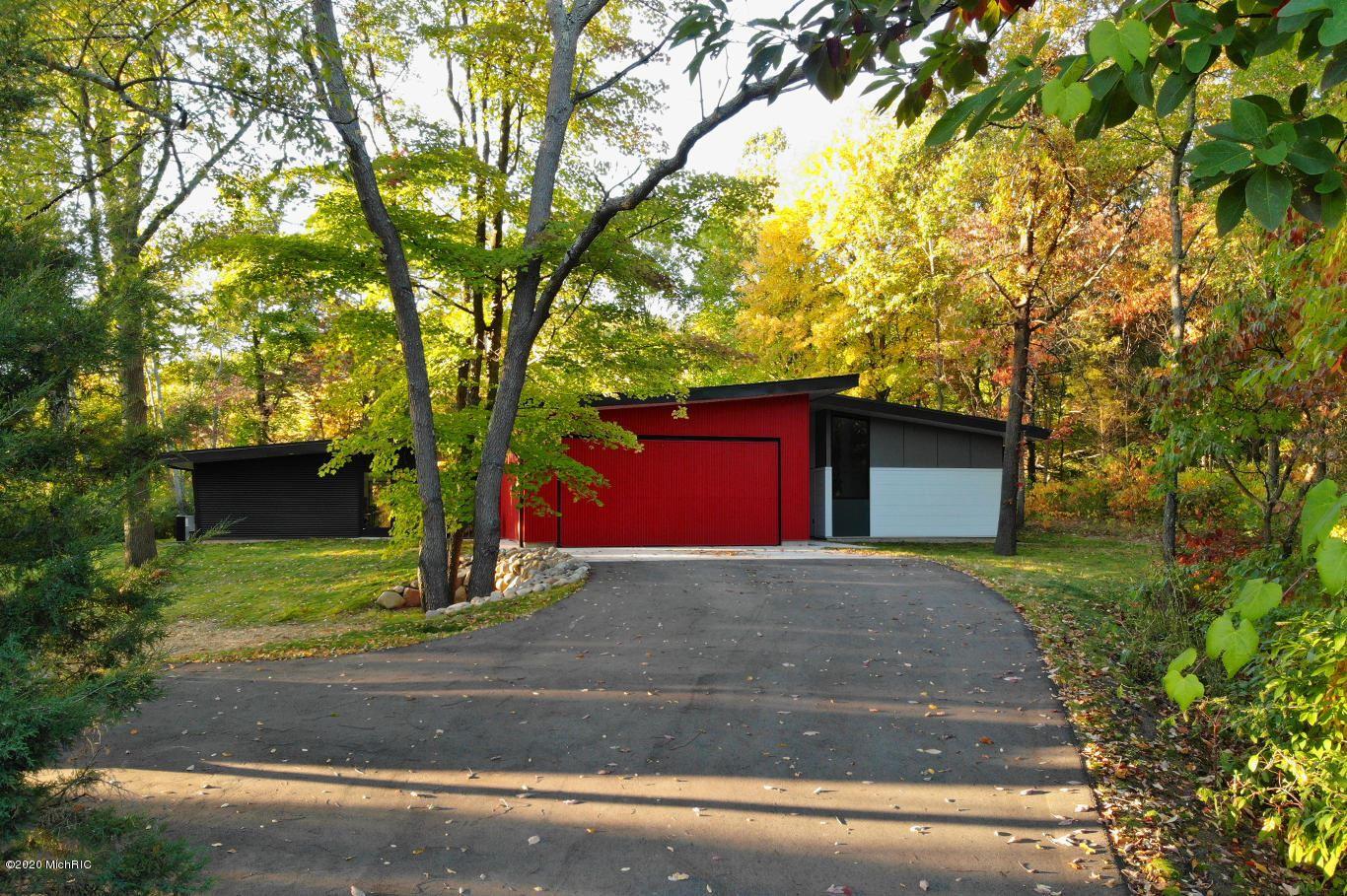 11689 Firefly Woods Drive SE, Lowell, MI 49331 - MLS#: 20043816