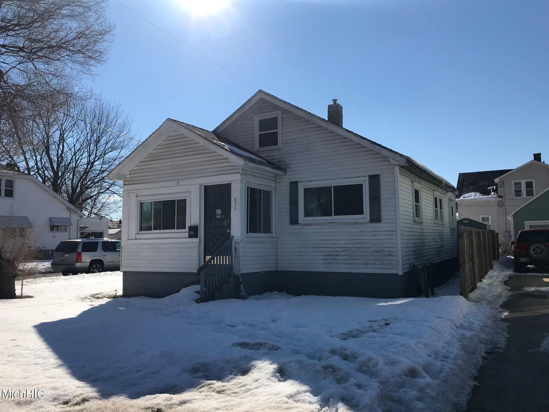 Photo of 855 Windsor Avenue, Muskegon, MI 49441 (MLS # 21005826)