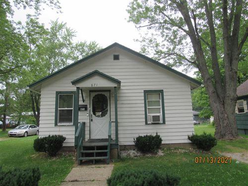 Photo of 871 Wauceda Avenue, Benton Harbor, MI 49022 (MLS # 21064836)