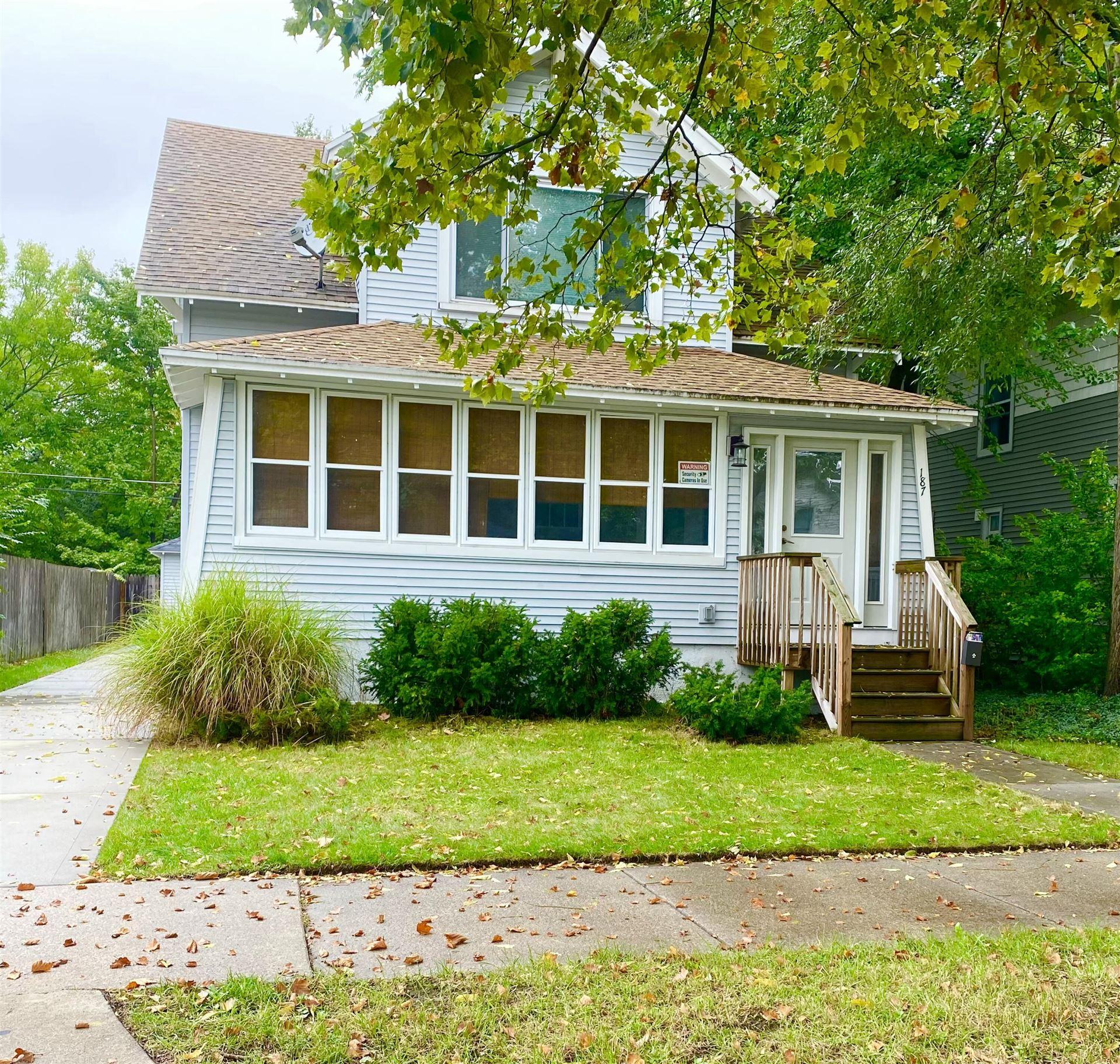 Photo of 187 W 16th Street, Holland, MI 49423 (MLS # 21109836)