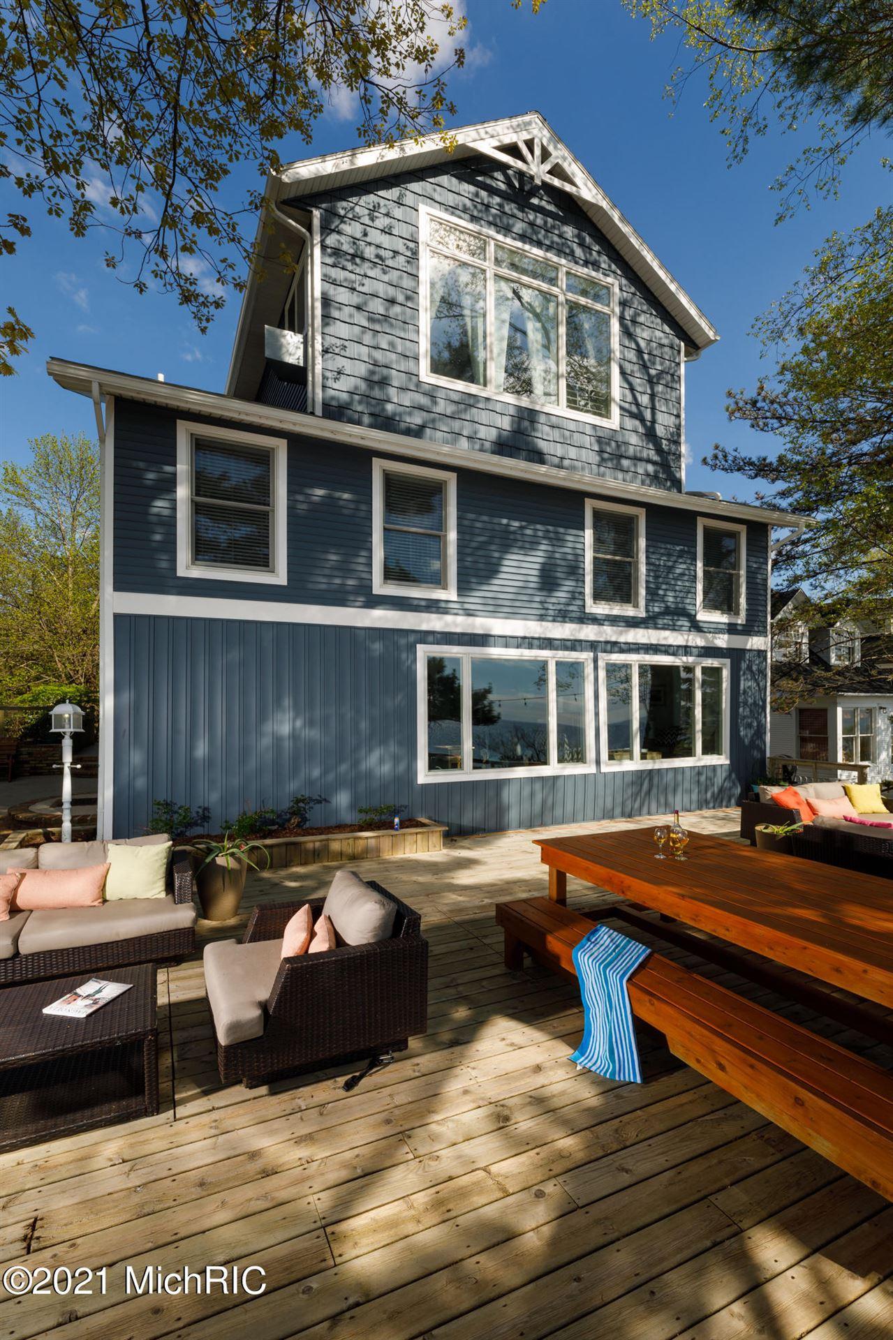 Photo of 1100 S Harbor Drive, Grand Haven, MI 49417 (MLS # 21103838)