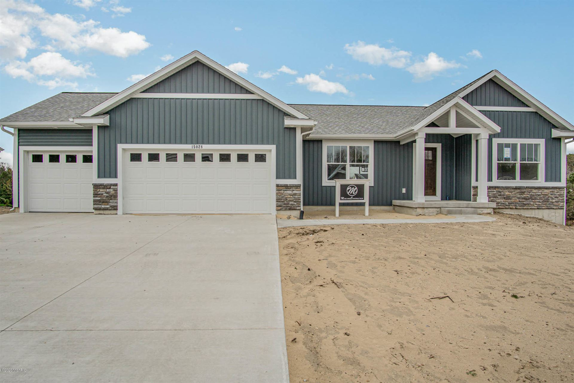 Photo of 15028 Copperwood Drive, Grand Haven, MI 49417 (MLS # 19057840)
