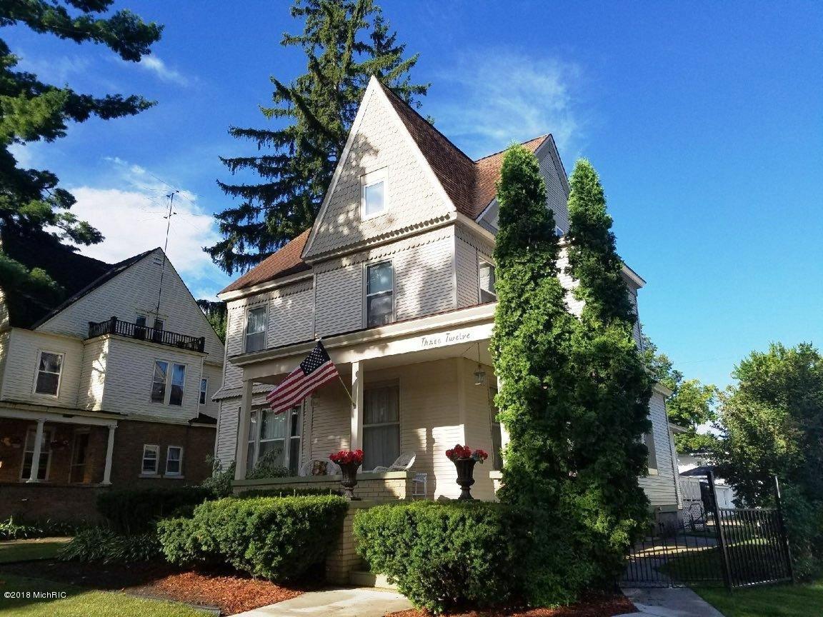 312 S Warren Avenue, Big Rapids, MI 49307 - MLS#: 20035841