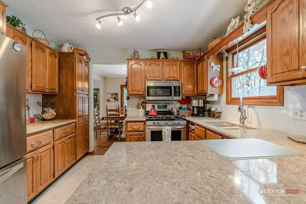 Photo of 13187 Sikkema Drive, Grand Haven, MI 49417 (MLS # 20001843)