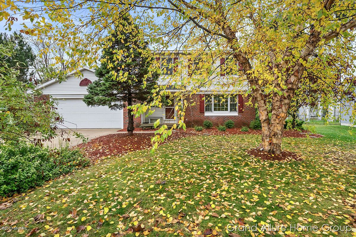 Photo of 1740 Andover Lane SE, East Grand Rapids, MI 49506 (MLS # 20025855)