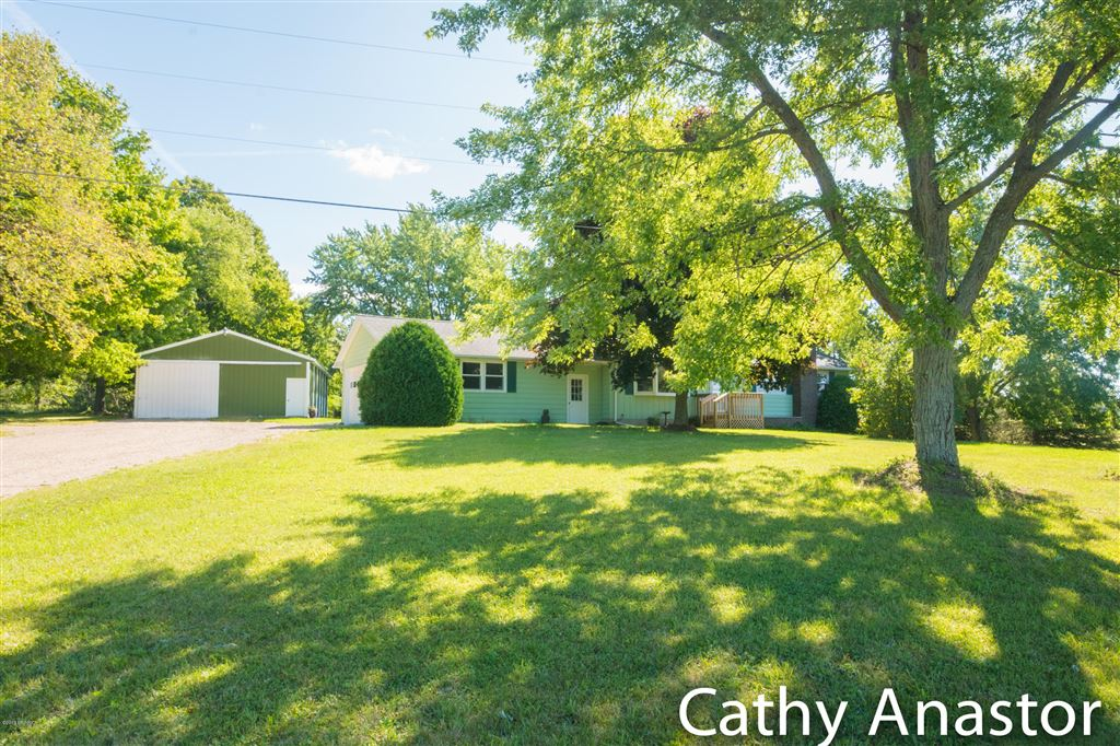15990 Algoma Avenue NE, Cedar Springs, MI 49319 - #: 19042856