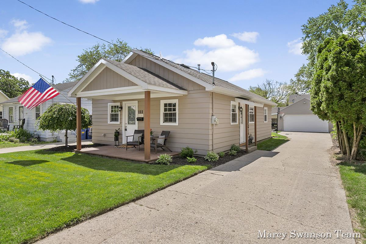 122 Melbourne Street NE, Grand Rapids, MI 49505 - MLS#: 21022856