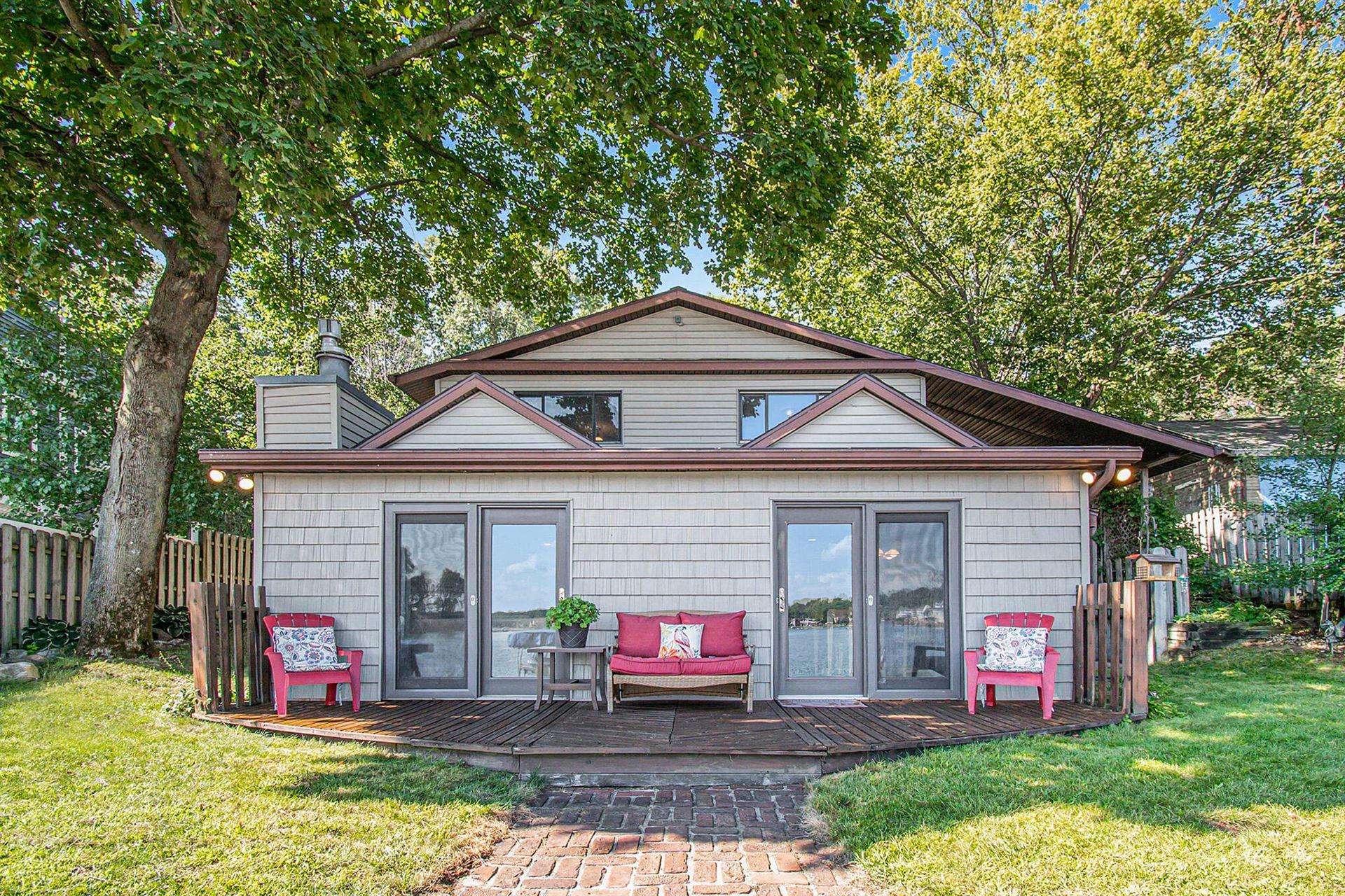 1226 N Eagle Lake Drive, Kalamazoo, MI 49009 - MLS#: 21106861