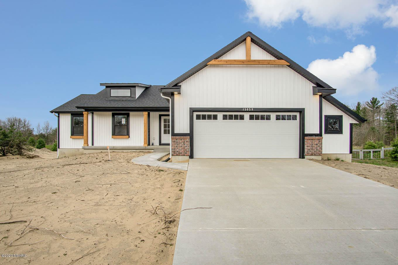 Photo of 15058 Copperwood Drive, Grand Haven, MI 49417 (MLS # 19057866)