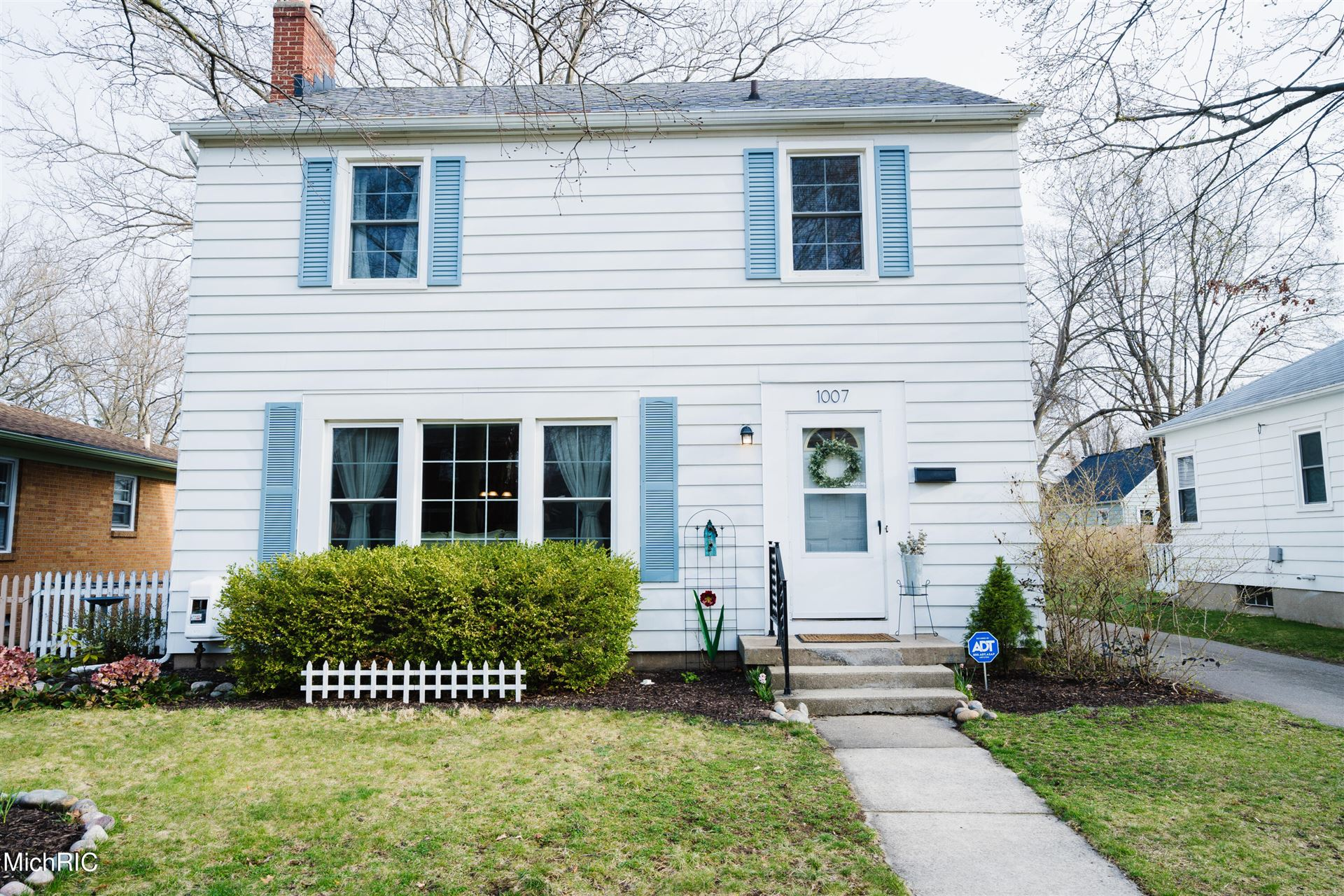 1007 Nevada Street SE, Grand Rapids, MI 49507 - MLS#: 21011874