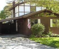 Photo of 207 Woodlawn Avenue, Sawyer, MI 49125 (MLS # 21094881)