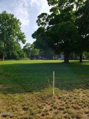 Photo of 836 Indiana Avenue, South Haven, MI 49090 (MLS # 21009889)