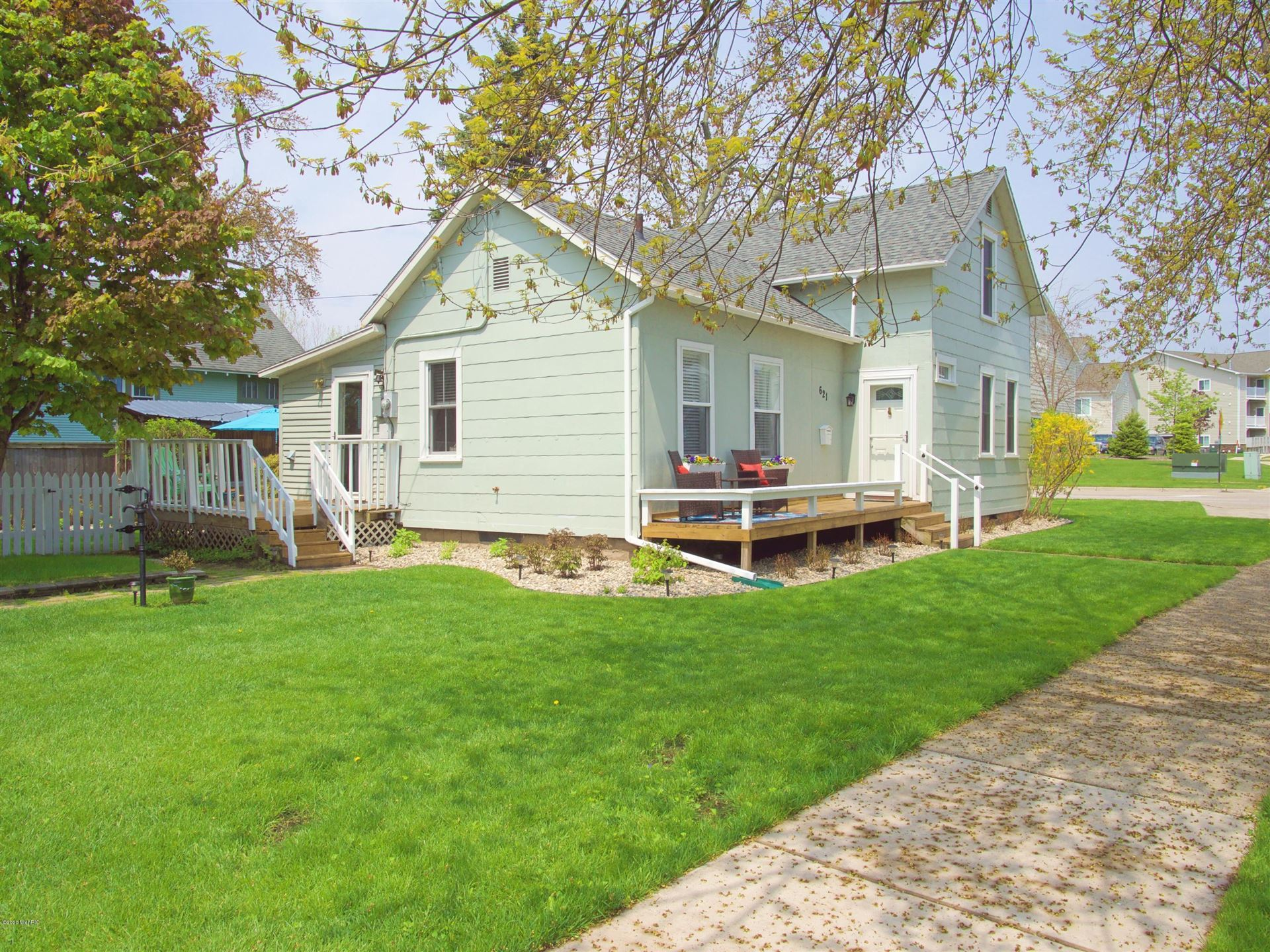 621 N 5th Street, Grand Haven, MI 49417 - MLS#: 20040889