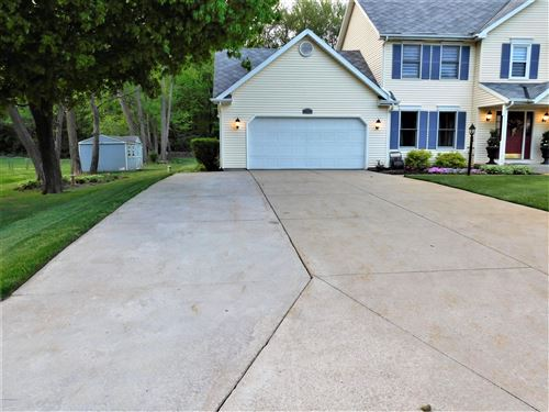 Tiny photo for 5771 Hillview Drive, Berrien Springs, MI 49103 (MLS # 20017895)
