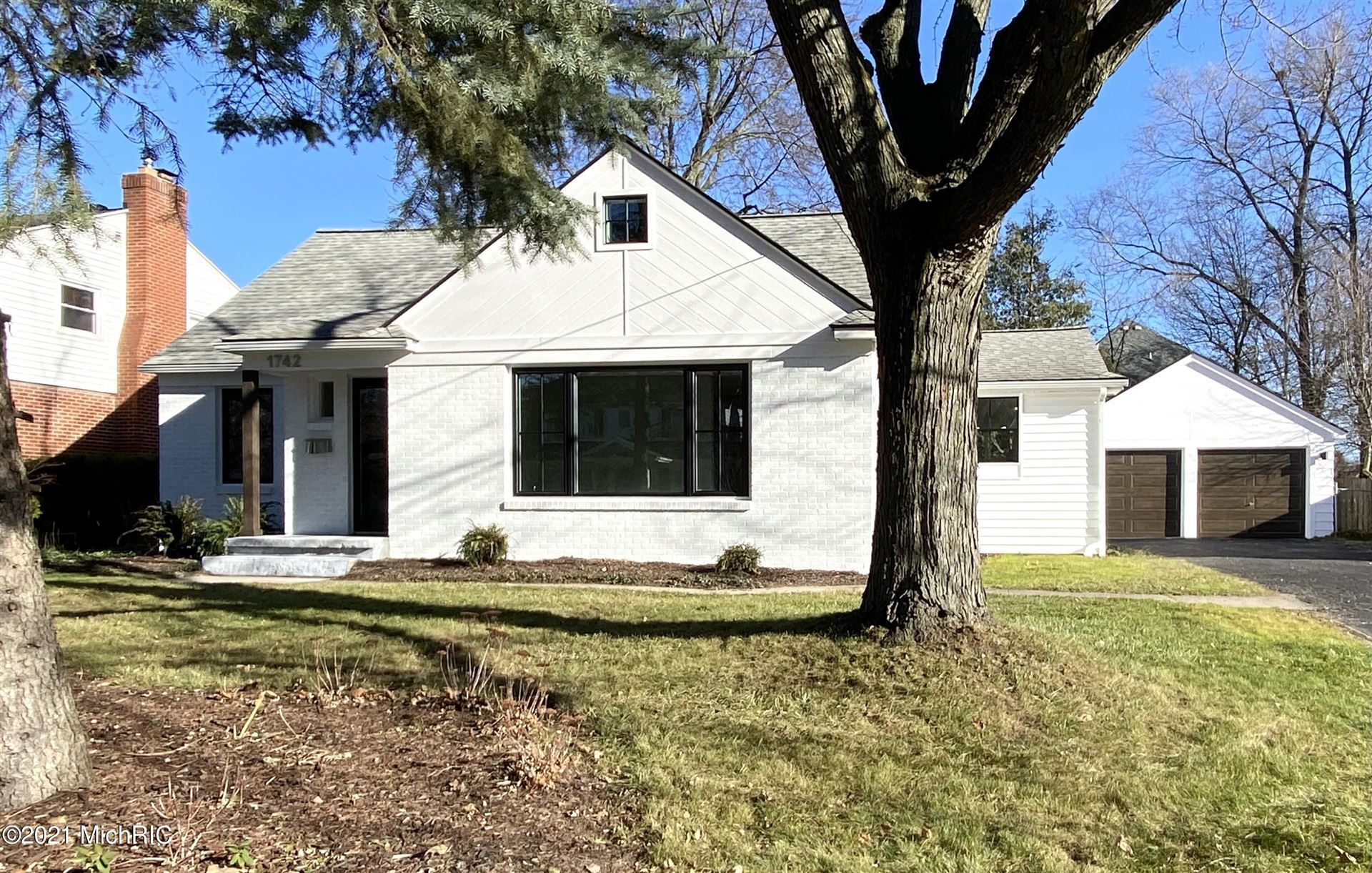 1742 Breton Road SE, Grand Rapids, MI 49506 - MLS#: 20051896
