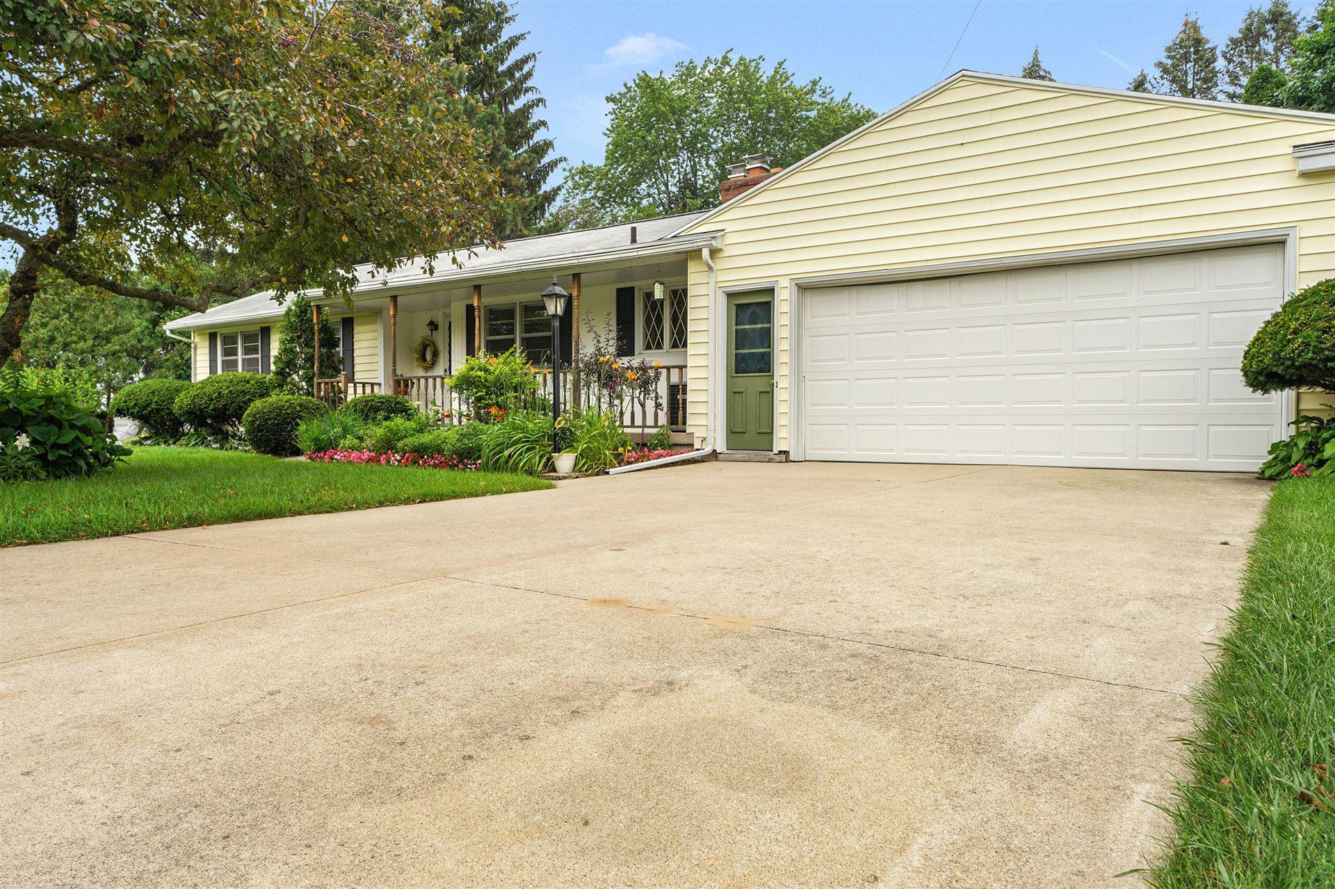 2714 McIntosh Avenue NE, Grand Rapids, MI 49525 - MLS#: 21033897