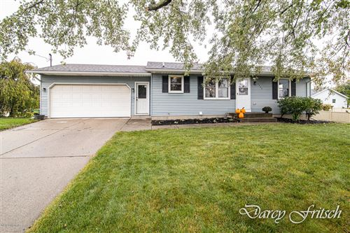 Photo of 2522 112th Ave Avenue, Holland, MI 49424 (MLS # 20040899)