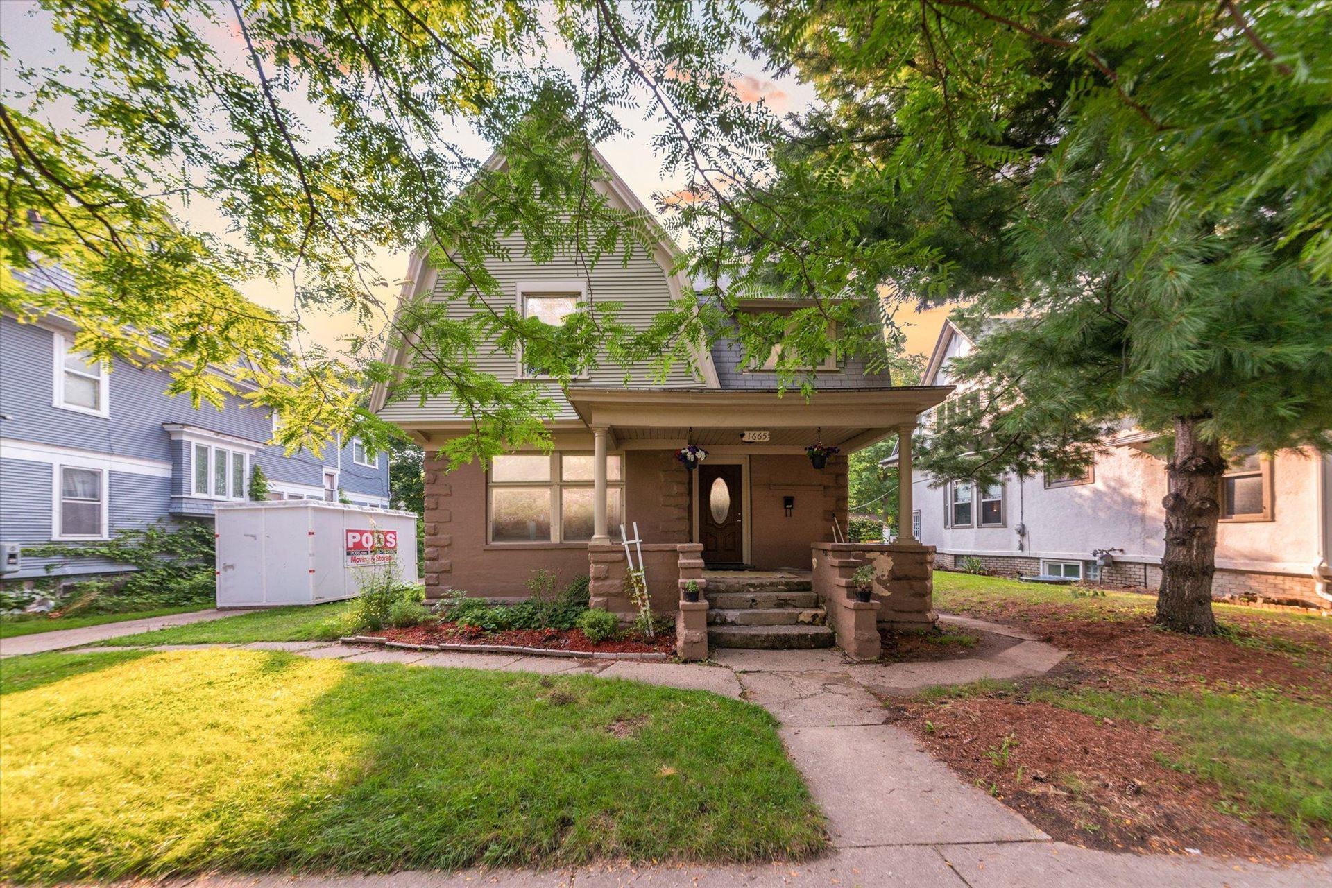 1665 Plainfield Avenue NE, Grand Rapids, MI 49505 - MLS#: 21096908