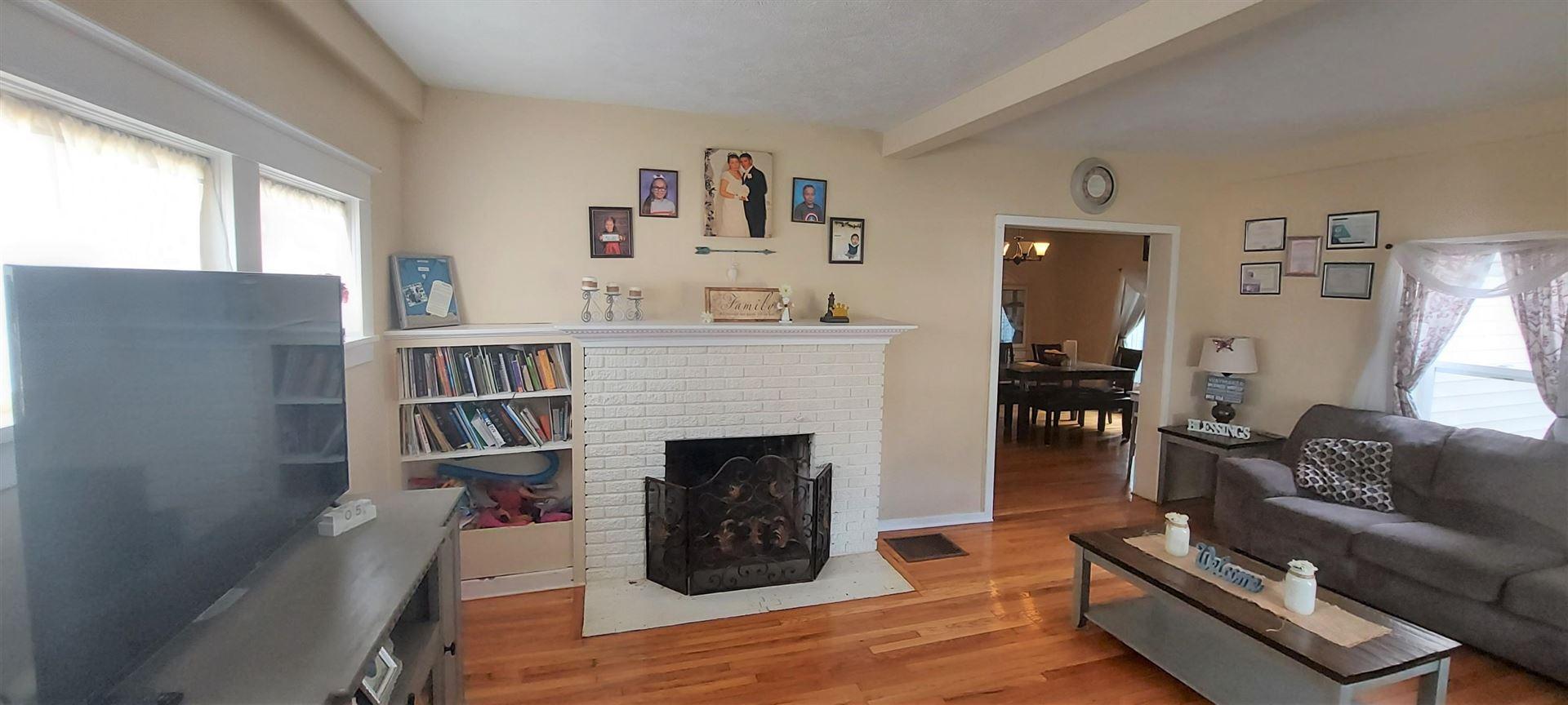 Photo of 257 Monroe Avenue, Muskegon, MI 49441 (MLS # 21094912)