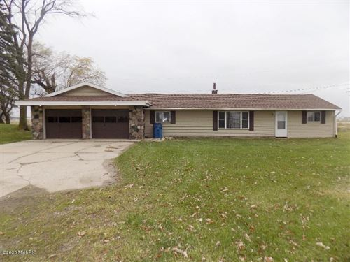 Photo of 3951 Lincoln Road, Holland, MI 49423 (MLS # 20048916)