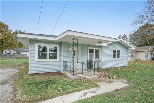Photo of 68160 Shirley Lane, Edwardsburg, MI 49112 (MLS # 20044917)