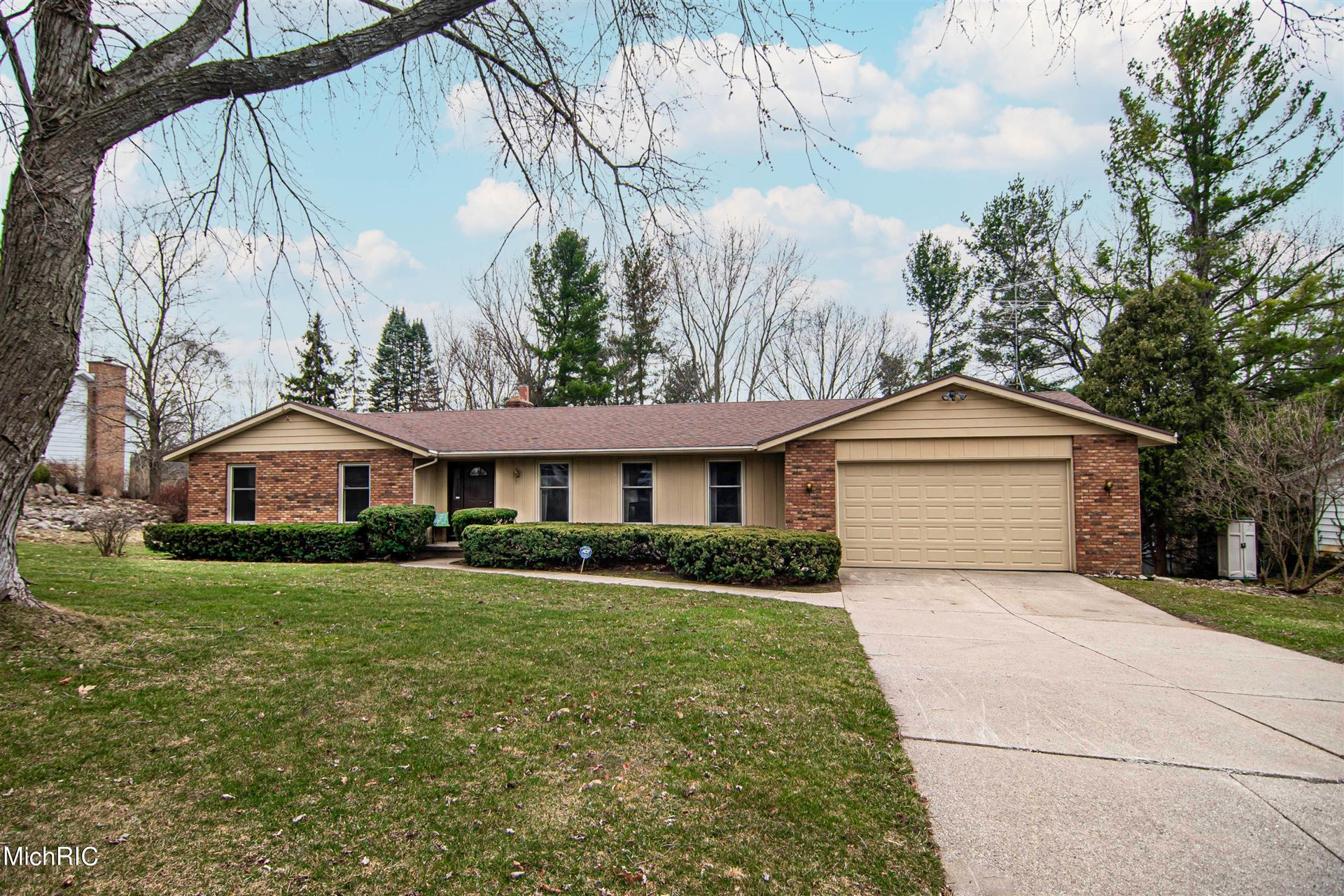 3356 Hidden Hills Avenue SE, Grand Rapids, MI 49546 - MLS#: 21009917