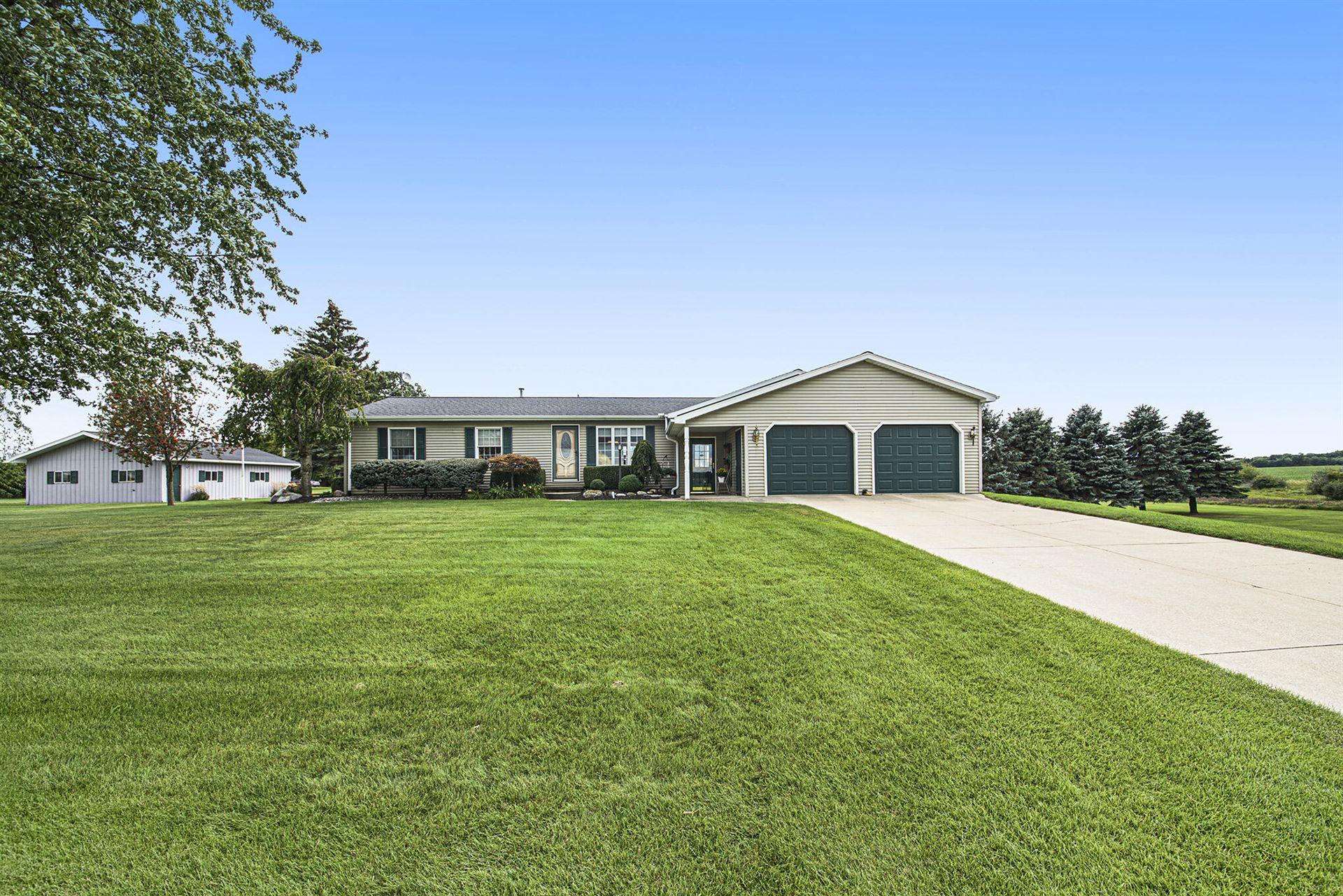 6025 W Edgar Road, Six Lakes, MI 48886 - MLS#: 21104920
