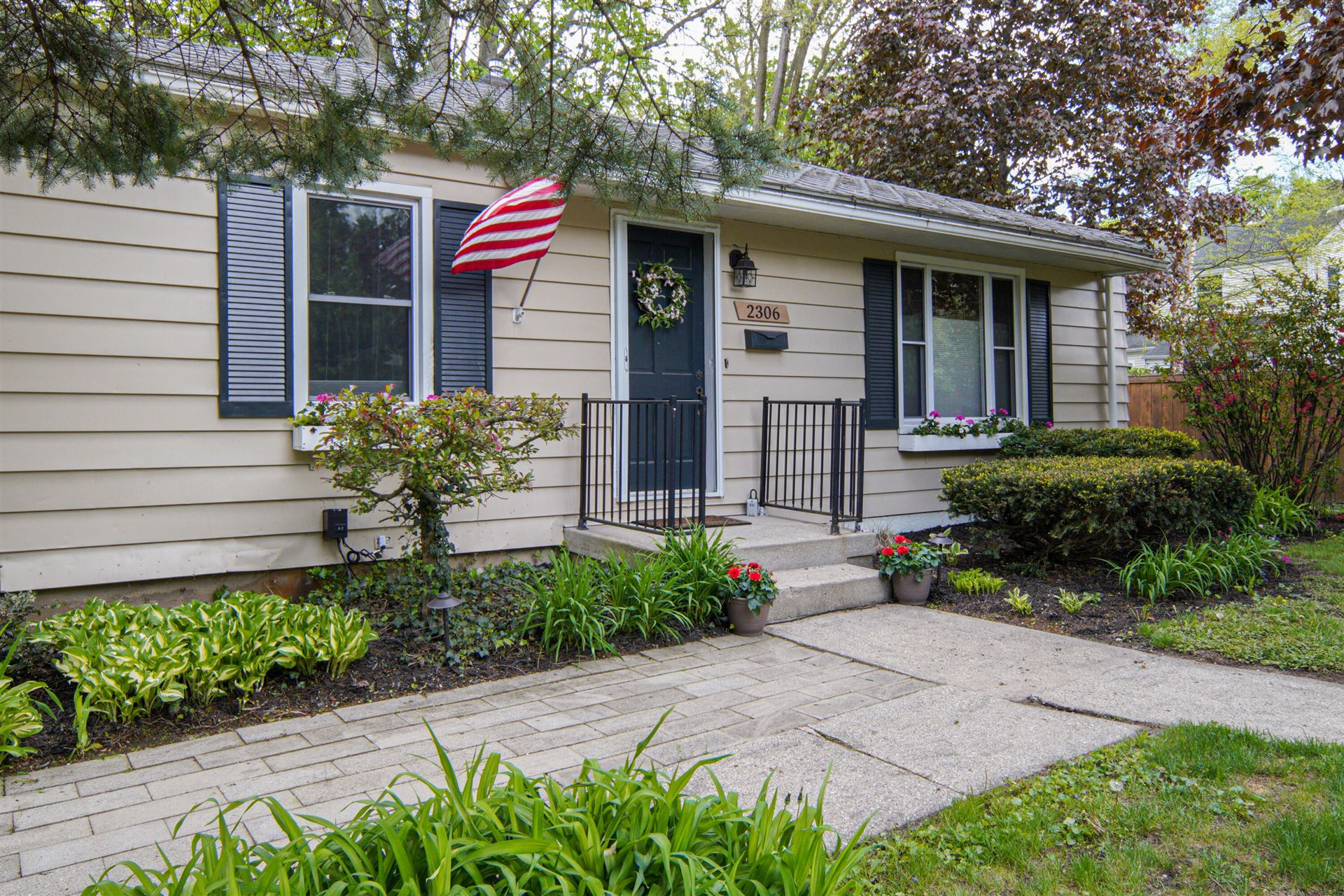 2306 Burchard Street SE, East Grand Rapids, MI 49506 - MLS#: 21016923