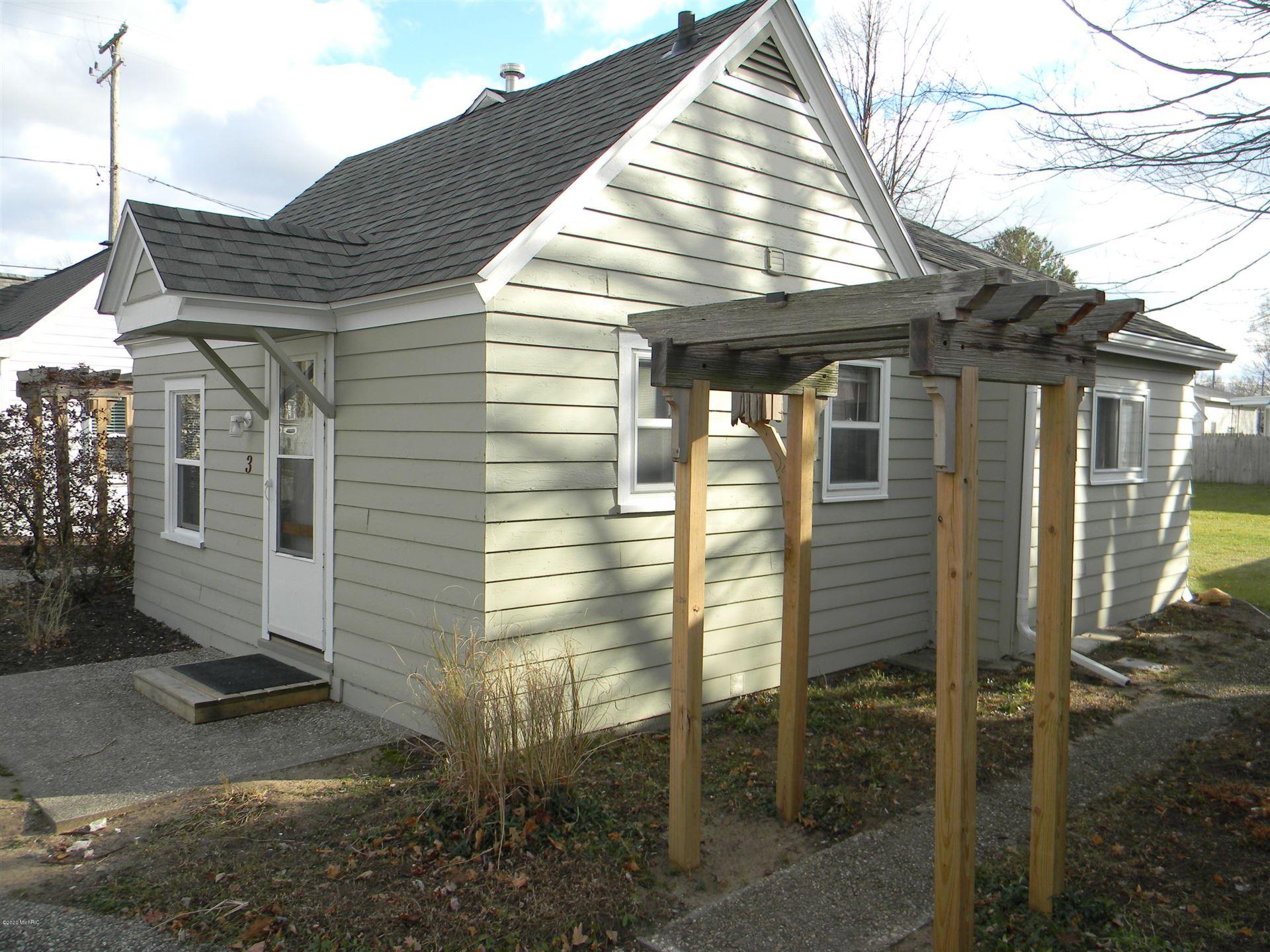 422 N Ferry Street #Cottage 3, Ludington, MI 49431 - MLS#: 21103926