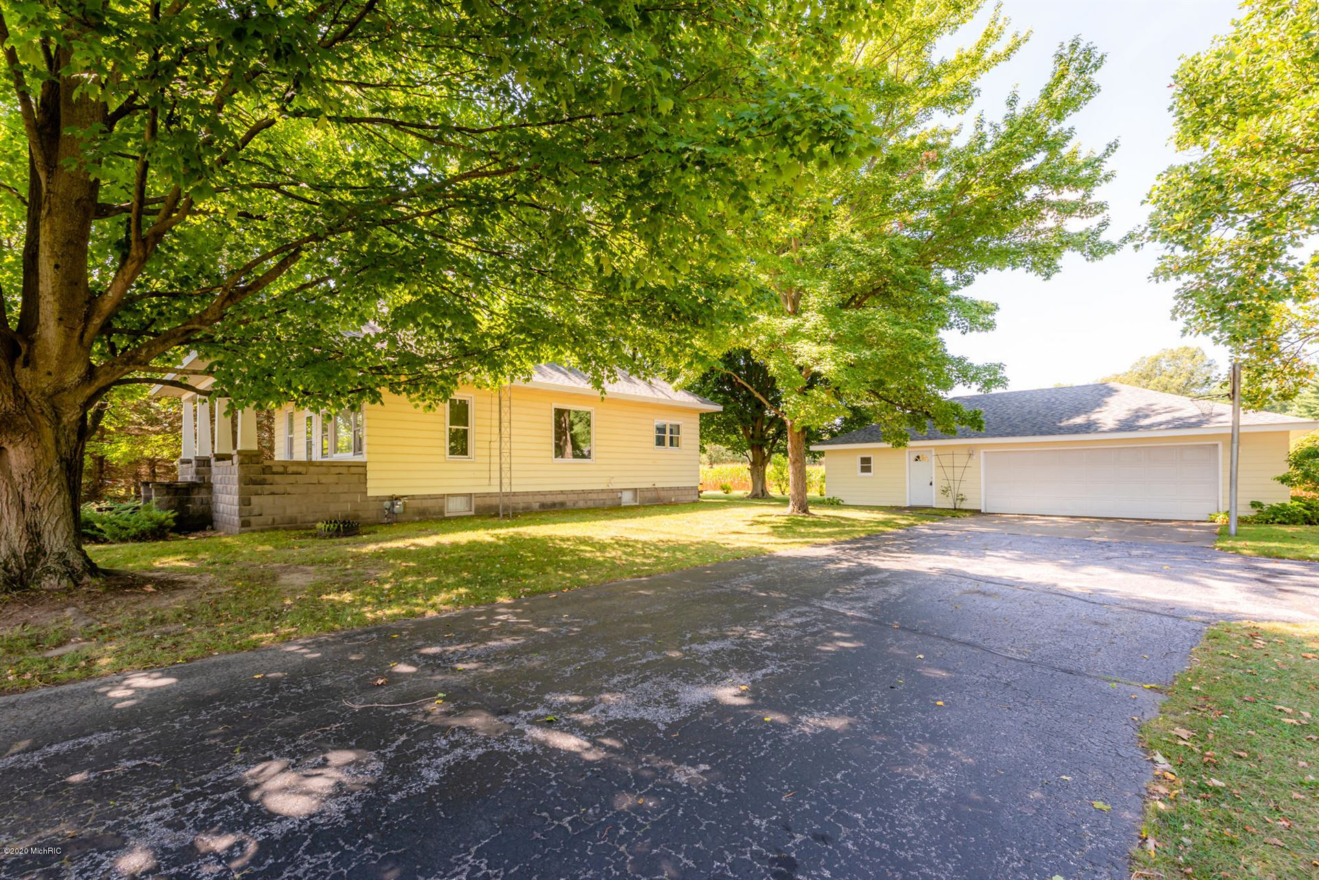 4672 Scottdale Road, Saint Joseph, MI 49085 - MLS#: 20036937