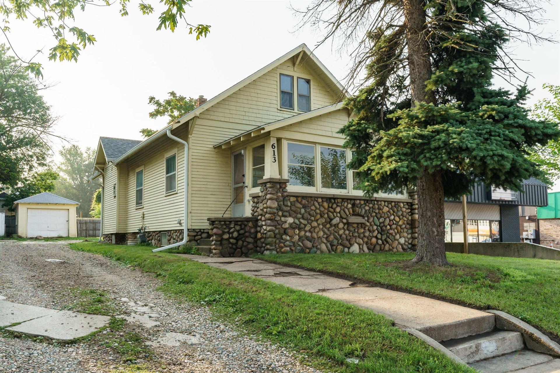 613 Capital Avenue SW, Battle Creek, MI 49015 - MLS#: 21033946