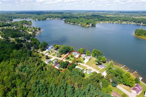 Photo of 5784-5783 Cutler Road Road, Lakeview, MI 48850 (MLS # 21105953)