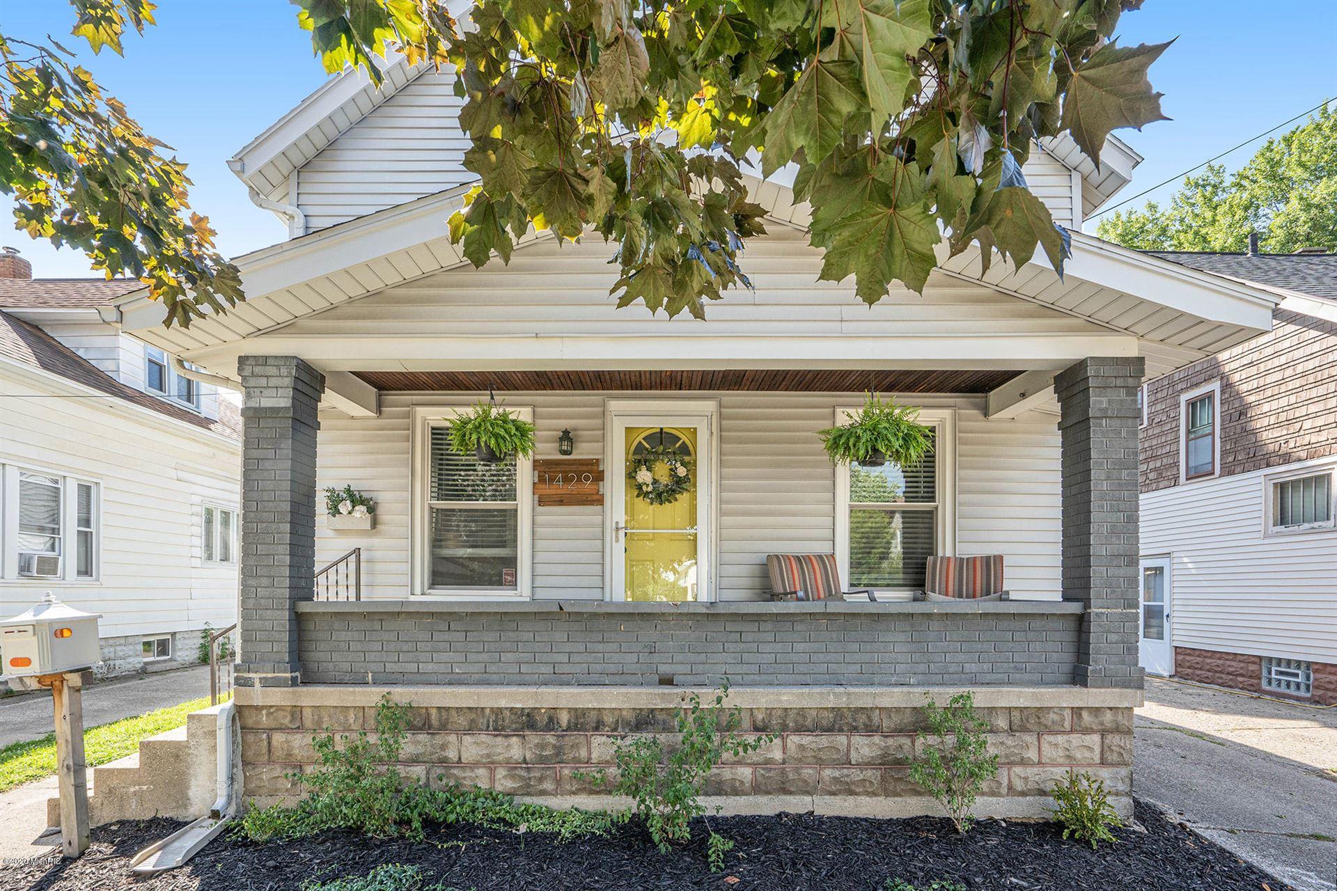 1429 Tamarack Avenue NW, Grand Rapids, MI 49504 - MLS#: 20033954