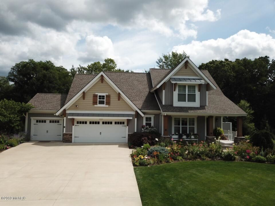 4304 Oak River Court NE, Grand Rapids, MI 49525 - #: 19041956