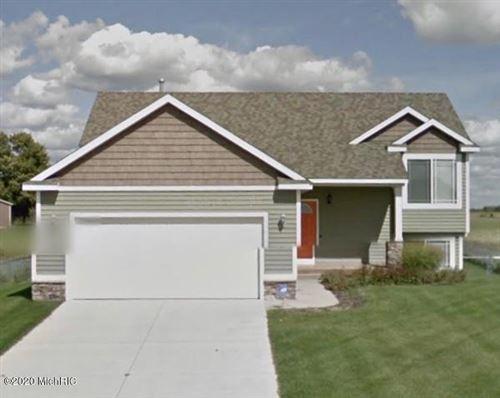 Photo of 11609 Barkton Drive, Holland, MI 49424 (MLS # 20030963)