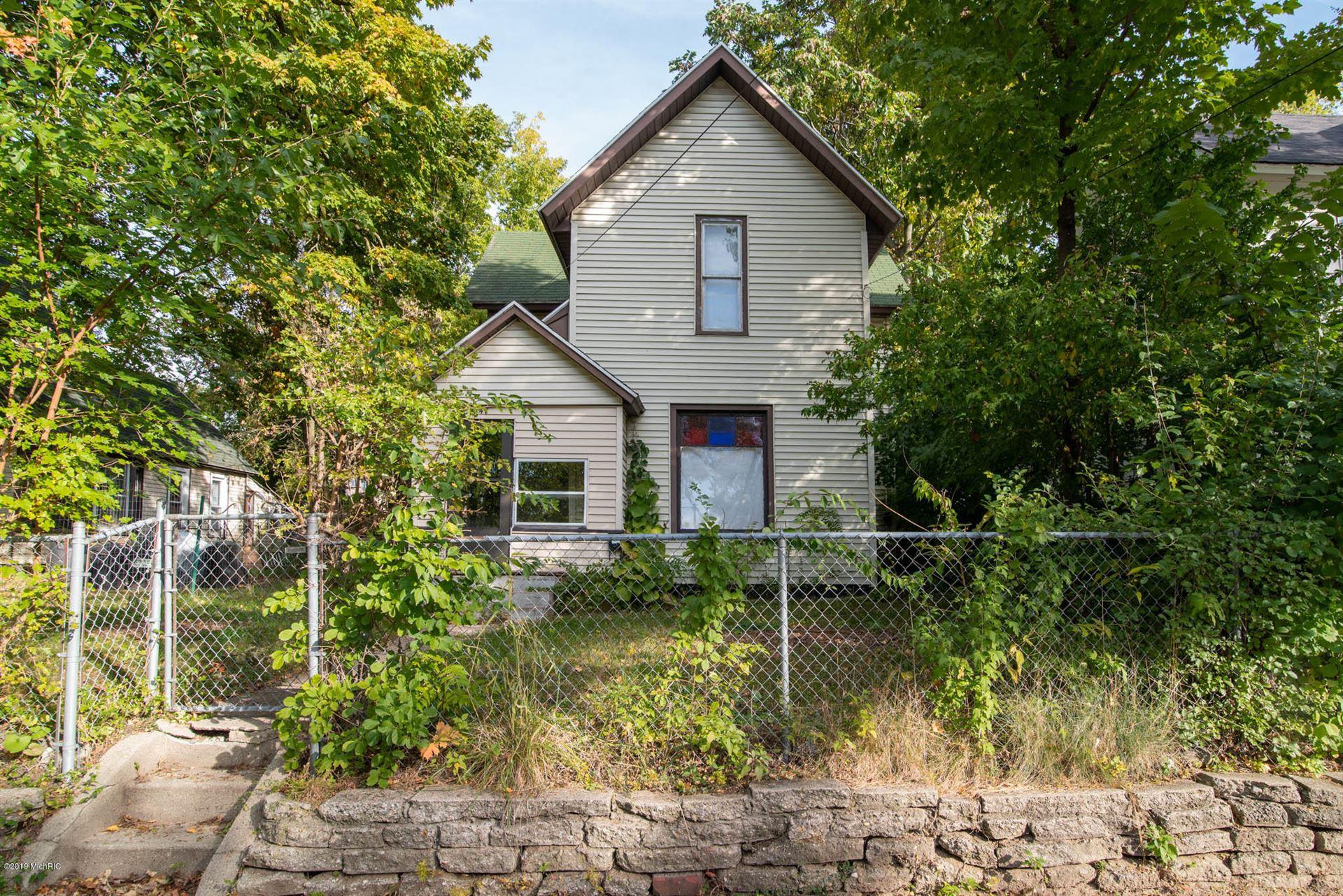 1047 Sigsbee Street SE, Grand Rapids, MI 49506 - #: 19050963