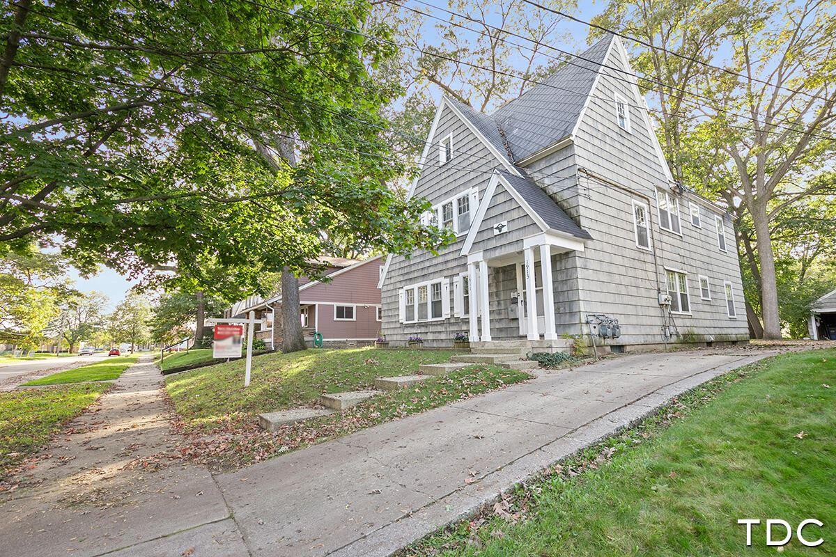1911-1913 cornelius Avenue SE, Grand Rapids, MI 49507 - MLS#: 21104969