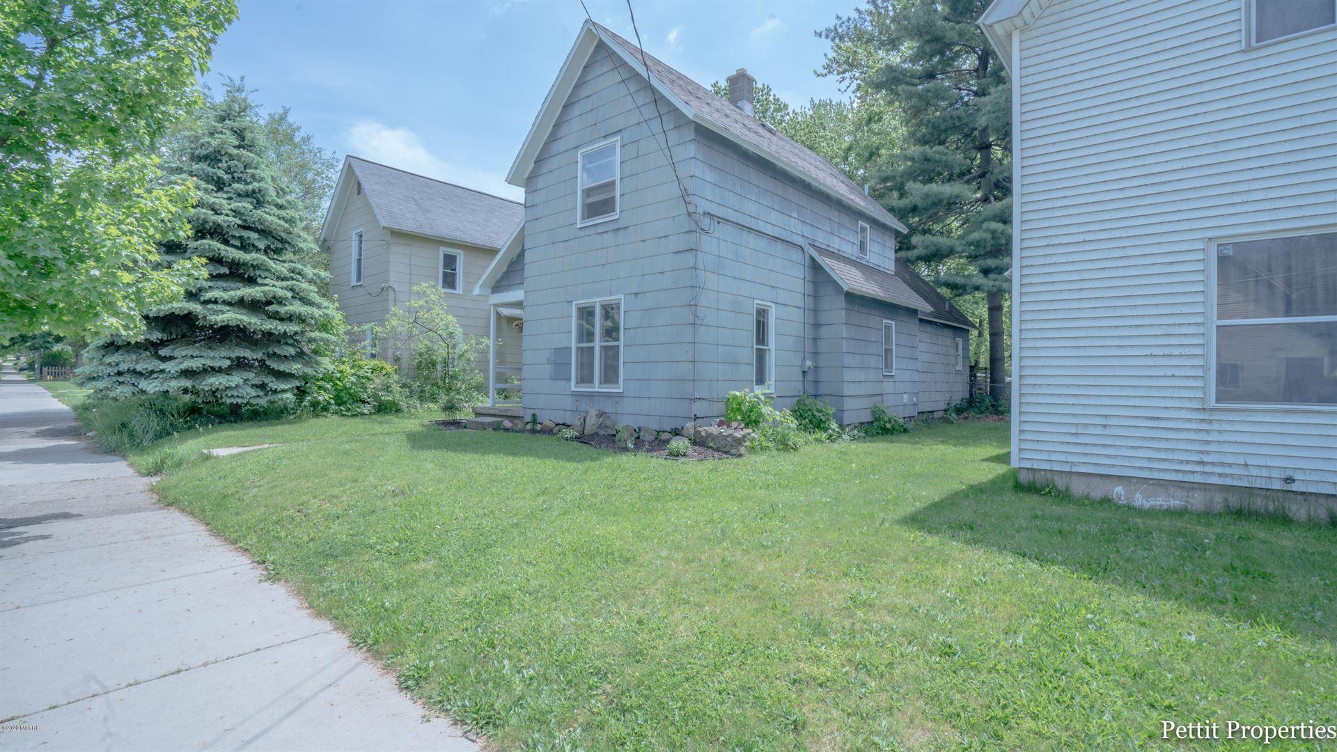 104 Sweet Street NE, Grand Rapids, MI 49505 - MLS#: 20018973
