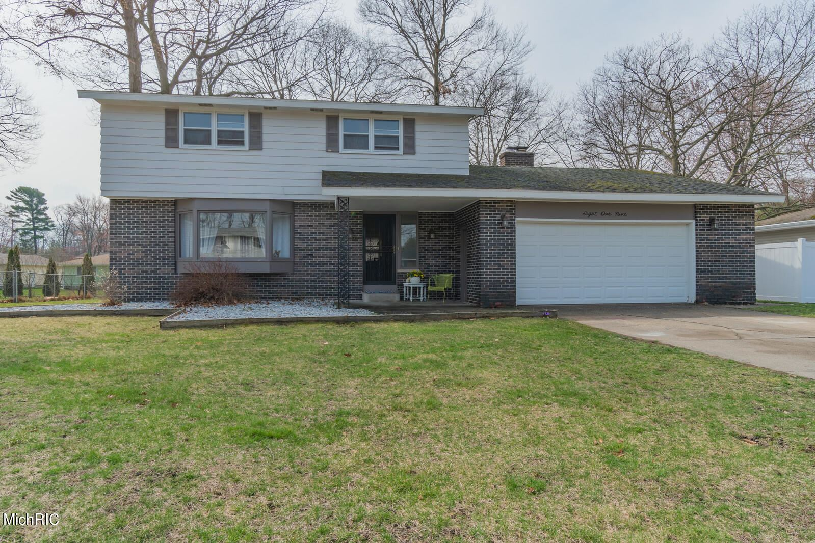 819 Winslow Court, Norton Shores, MI 49441 - MLS#: 21010978