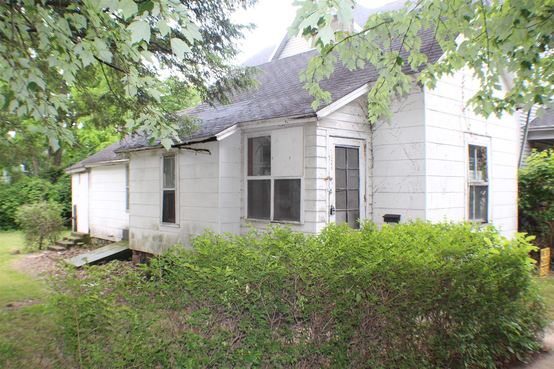 1328 Hamilton Avenue NW, Grand Rapids, MI 49504 - MLS#: 21021978