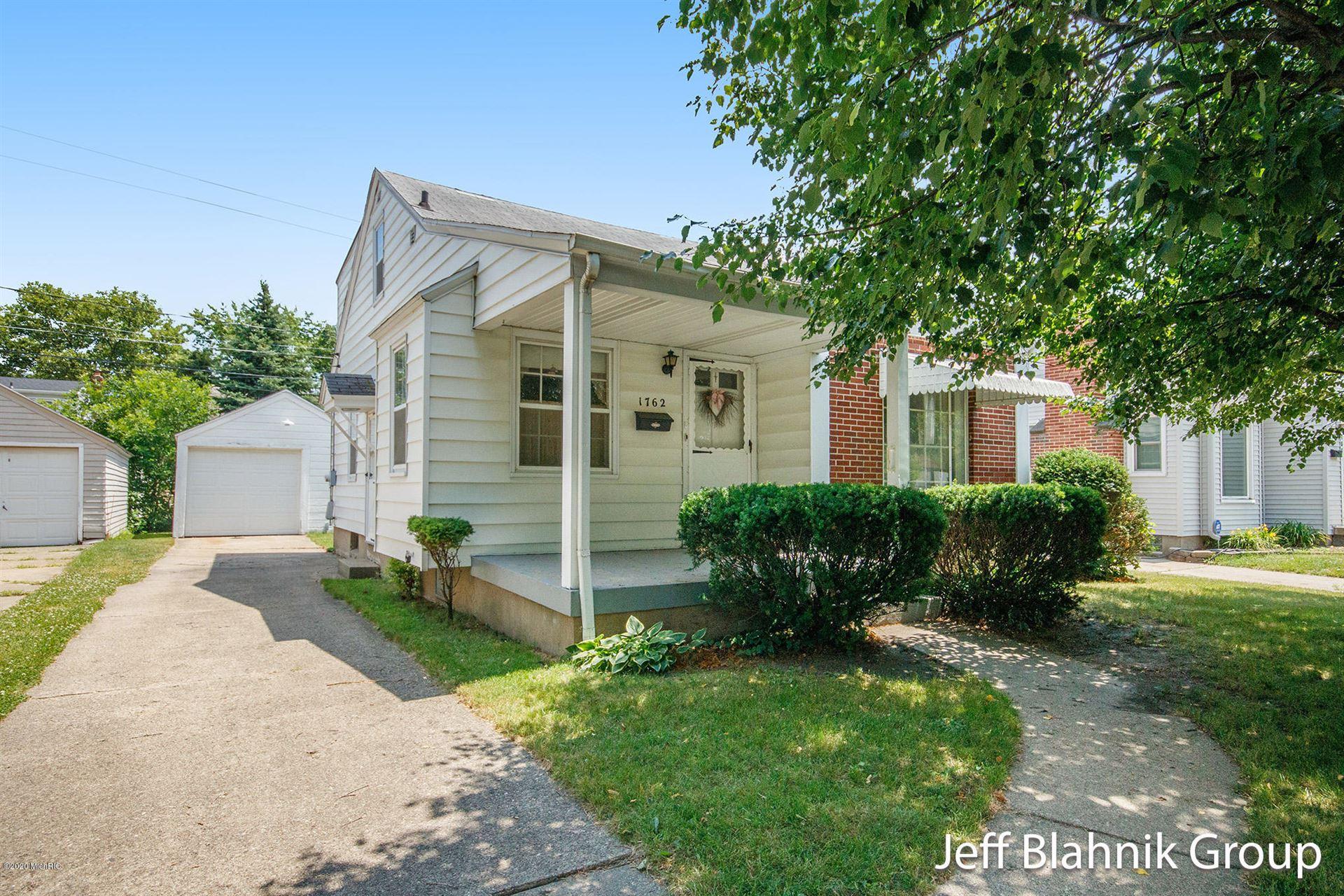1762 Tamarack Avenue NW, Grand Rapids, MI 49504 - #: 20024983