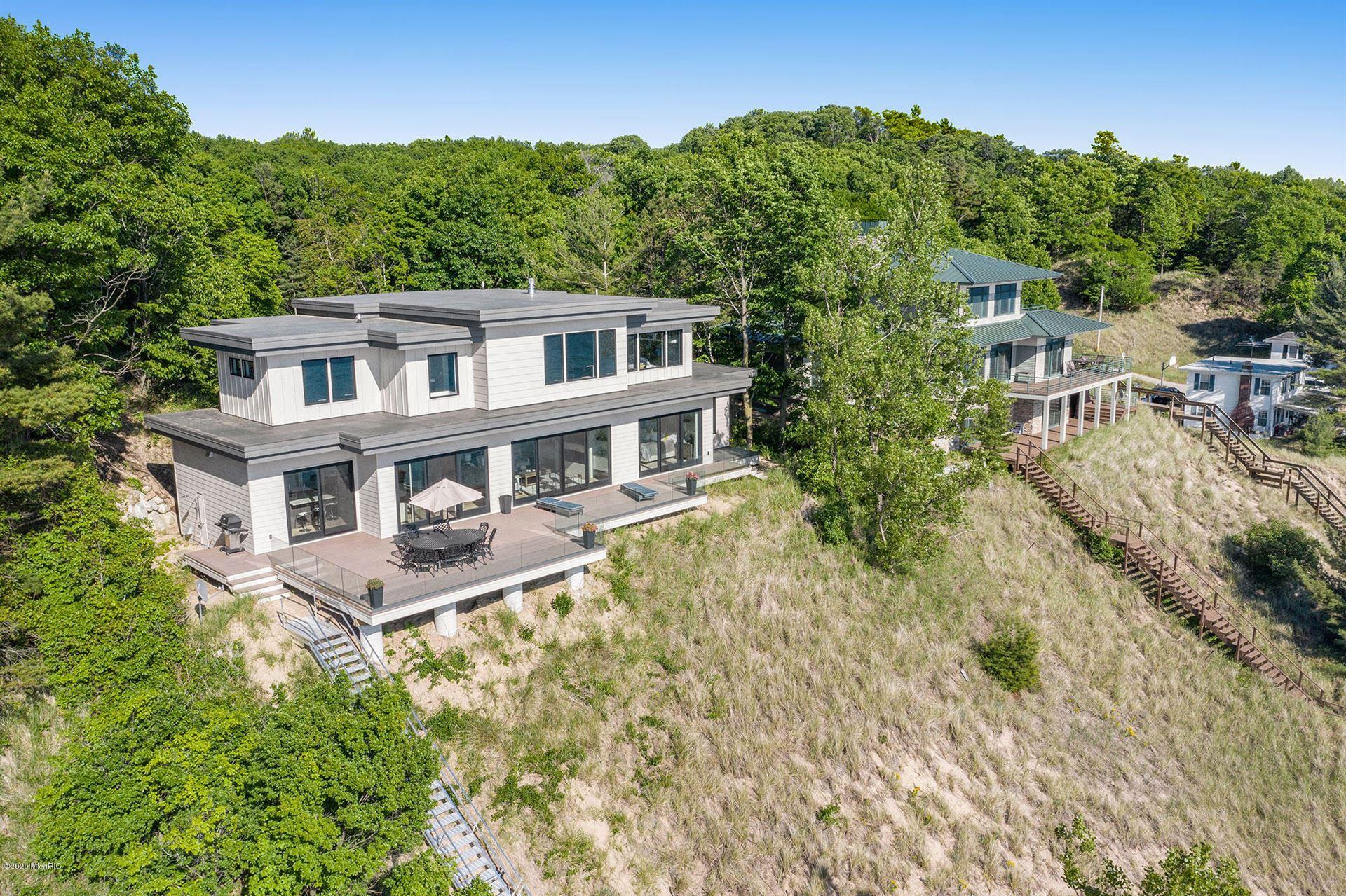 Photo of 17583 N Shore Estates Road, Spring Lake, MI 49456 (MLS # 20002987)