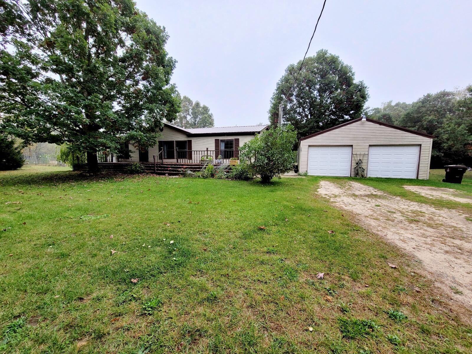 1721 Schmeid Road, Six Lakes, MI 48886 - MLS#: 21109992